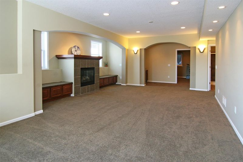 9320_134th_street_MLS_HID575761_ROOMlowerlevel