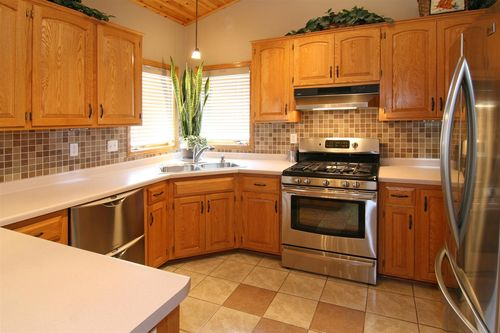 13263 Maryland kitchen