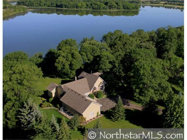 2960 Oak Lake Cir, Watertown