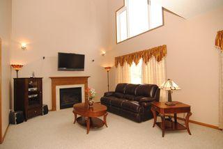 2096_alden_avenue_MLS_HID669620_ROOMlivingroom