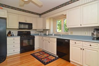 7961_grinnell_way_MLS_HID673417_ROOMkitchen1