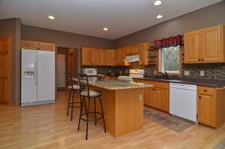 8601_connelly_place_MLS_HID687152_ROOMkitchen2