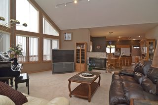 13631_skyline_circle_MLS_HID687159_ROOMlivingroom1