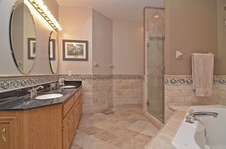 13631_skyline_circle_MLS_HID687159_ROOMmasterbathroom