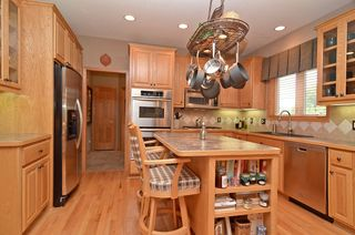 14060_hillsboro_court_MLS_HID726103_ROOMkitchen2