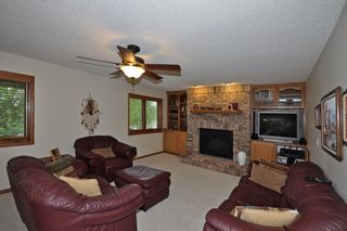 For_5649_oak_view_court_MLS_HID759945_ROOMfamilyroom1