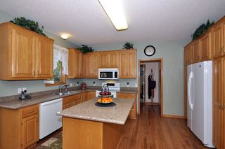 13867_virginia_avenue_MLS_HID802415_ROOMkitchen1