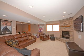 9225_hillsboro_way_MLS_HID840383_ROOMfamilyroomlowerlevel