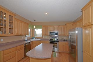 8970_windsor_circle_MLS_HID817712_ROOMkitchen1