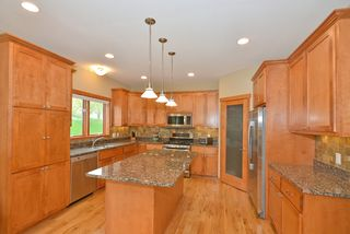 9031_whispering_oaks_trail_MLS_HID840402_ROOMkitchen