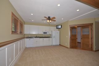 14060_kings_court_MLS_HID893393_ROOMlowerlevelfamilyroom