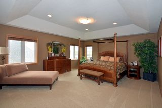 879_patterson_drive_MLS_HID840401_ROOMmasterbedroom