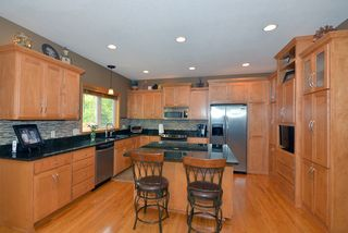 879_patterson_drive_MLS_HID840401_ROOMkitchen