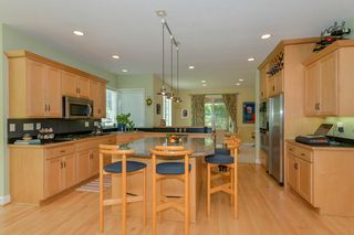 2143_kelly_circle_MLS_HID893389_ROOMkitchen