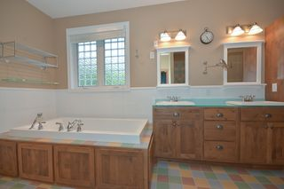 14060_kings_court_MLS_HID893393_ROOMmasterbathroom