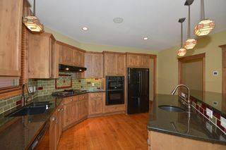 14060_kings_court_MLS_HID893393_ROOMkitchen1