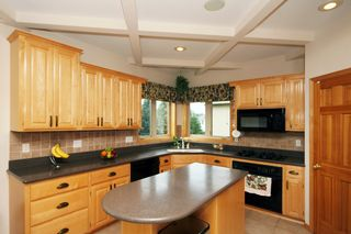 9001_w_137th_street_MLS_HID913798_ROOMkitchen2