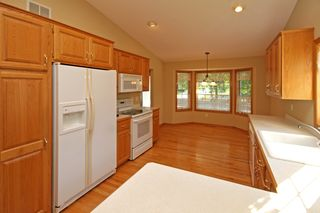1276_quincy_circle_MLS_HID933001_ROOMkitchen2