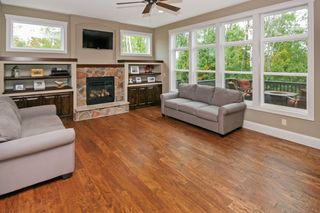 3942_o_brien_court_MLS_HID933002_ROOMlivingroom