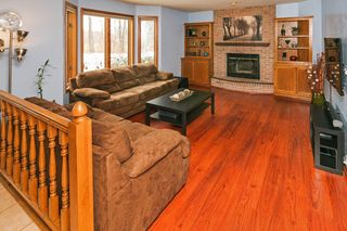 5433_south_park_drive_MLS_HID965295_ROOMlivingroom