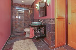 13816_utah_avenue_MLS_HID933012_ROOMbathroom