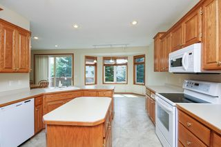 8813_w_137th_street_MLS_HID1020055_ROOMkitchen