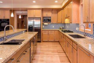 24750 E Cedar Lake Dr New-large-007-10-Kitchen-1500x1000-72dpi
