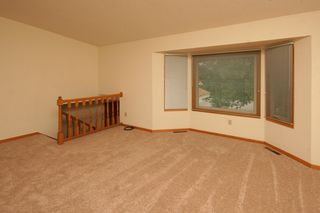 4889_spruce_lane_MLS_HID933000_ROOMlivingroom1