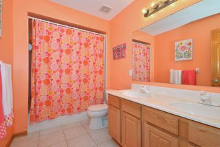 9136_woodhill_drive_MLS_HID840398_ROOMbathroom2