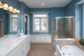 7449_amberwood_lane_MLS_HID972377_ROOMmasterbathroom