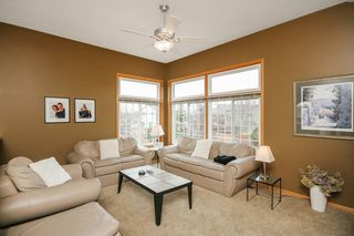 4414_chestnut_lane_MLS_HID983942_ROOMlivingroom1