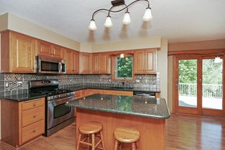 5812_woodbridge_drive_MLS_HID1023671_ROOMkitchen2