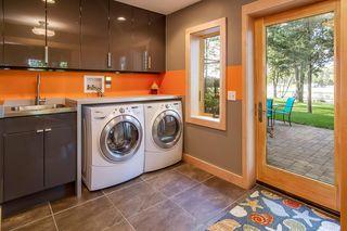 24750 E Cedar Lake Dr New-large-031-29-Walkout Level Laundry-1500x1000-72dpi