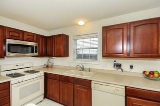 8651_139th_st_MLS_HID1073664_ROOMkitchen3