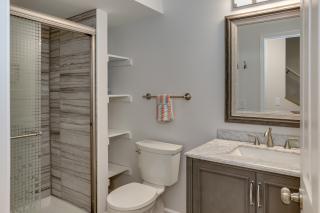 030_Bathroom LL