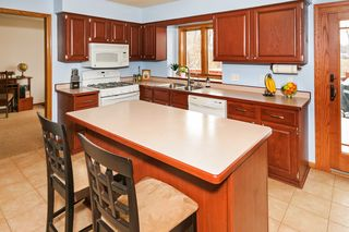 5433_south_park_drive_MLS_HID965295_ROOMkitchen
