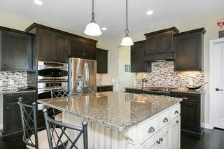 2730_pondview_curve_MLS_HID1022448_ROOMkitchen1