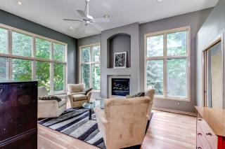 005_Formal Living Room