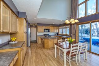 012_Kitchen Area