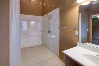 021_Master Bdrm Bathroom II