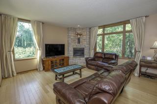 011_Living Room II-1
