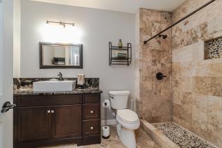 043_Bathroom