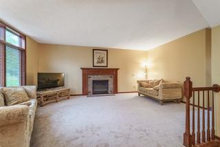 011_Living Room